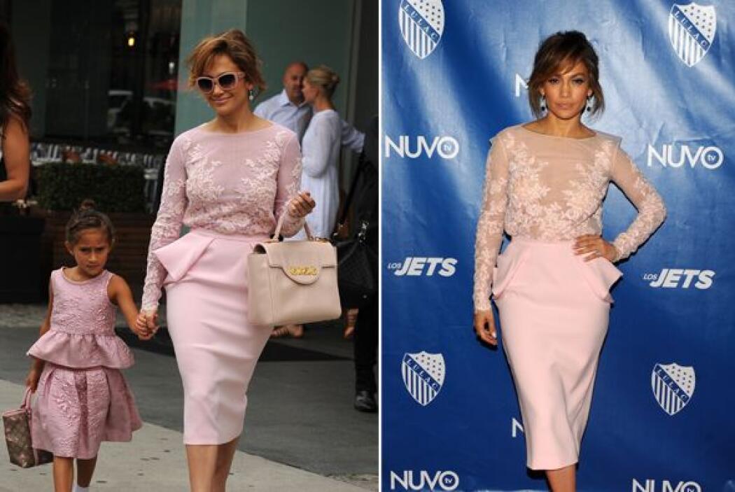 Jennifer Lopez y su pequeña Emme lucieron casi idénticas cuando asistier...
