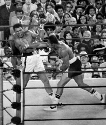 Golpe de mandíbulaTres veces pelearon Muhammad Ali y Ken Norton....