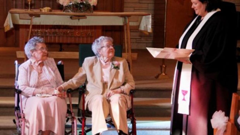 La pareja se casó el pasado sábado en la Primera Iglesia Cristiana, en D...