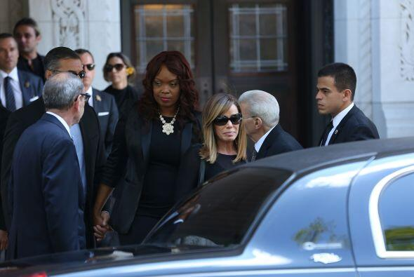 Melissa Rivers lució muy triste después de la ceremonia qu...