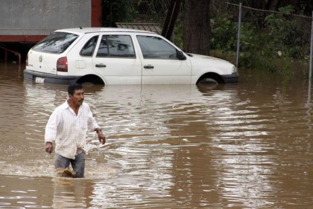 Miles de viviendas han sido afectadas junto con sus habitantes.