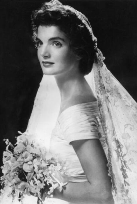 Fue en 1963 cuando Jackie se casó con el entonces senador John F. Kenned...