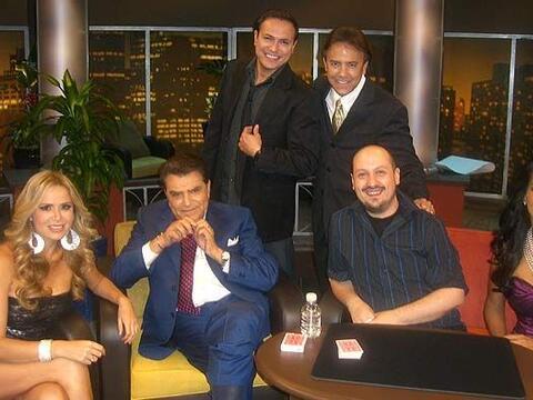 Don Francisco recibe a los mejores ilusionistas de habla hispana.