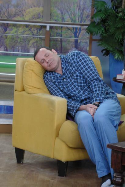 Madrugar no es nada fácil, por eso lo dejamos tomar una siesta de vez en...