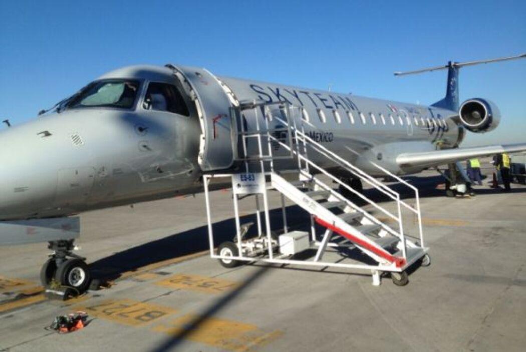 Orlando Segura y Don Pedro Rivera abordaron el avión que los llevaría a...