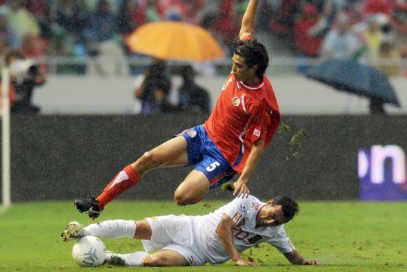 Costa Rica está en Gales para medirse a la selección local...