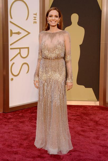 No cabe duda que Jolie ha refinado su estilo de una manera increíble. Ca...