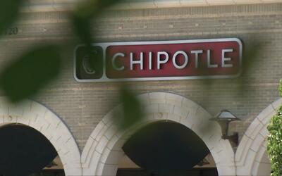 La compañía Chipotle deberá pagar casi 8 millones de dólares a una joven...
