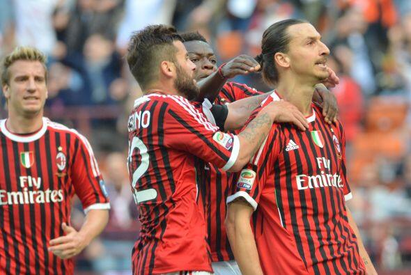El delantero sueco mantiene su racha y ponía al Milan en ventaja.