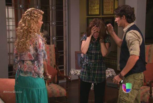 Camila está muy molesta por lo que ha sucedido con Daniel, justo...