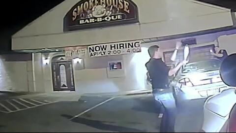 Un joven hizo malabares para convencer a la policía de que no conducía b...