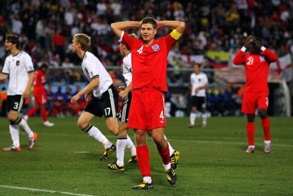 ¿Se acuerdan del gol de Steven Gerrard a Alemania en Sudáf...