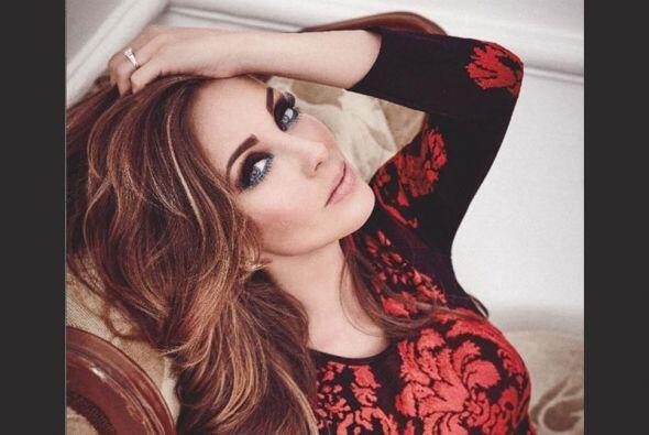 La ex RBD posó muy guapa para la revista InStyle, en su edición número 100.
