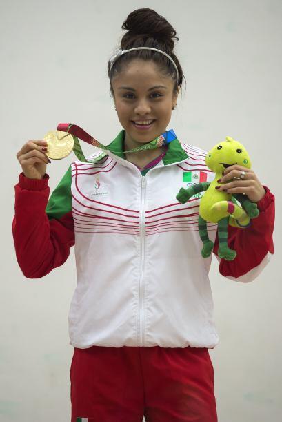 La mexicana Paola Longoria hizo válidos los pronósticos y se coronó por...