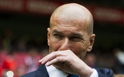 """Zidane, irónico: """"Ahora el Barcelona va a ganar la Liga y el Madrid no v..."""