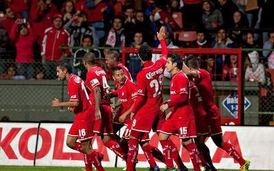 Toluca derrotó 3-0 al Puebla en la 'Bombonera'