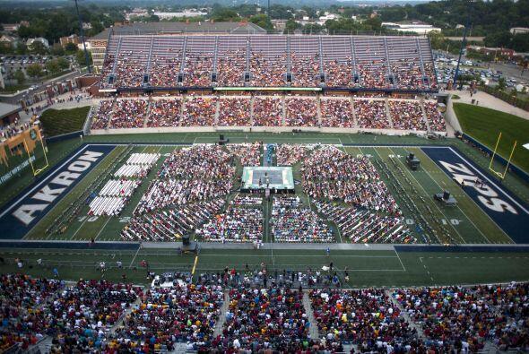 Cerca de 25 mil personas estuvieron presentes en el InfoCision Stadium d...