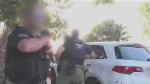 ICE arresta a 76 indocumentados con antecedentes criminales en la Florid...