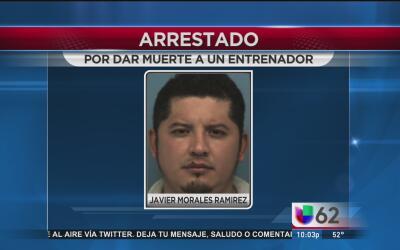 Arrestan a hombre acusado de atropellar a un entrenador de preparatoria