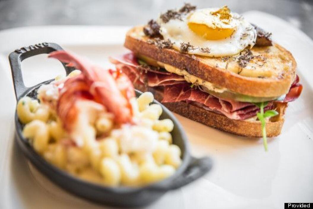 Este sándwich de queso del restaurante Deca de Chicago solamente cuesta...