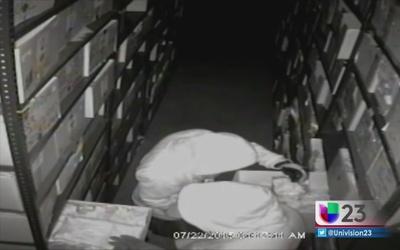 Buscan a ladrones de ropa interior en Miami