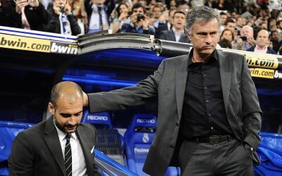 Guardiola y Mourinho volverán a ser riavles de banquillo.