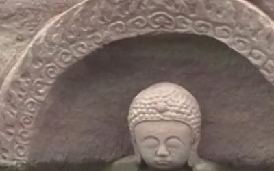 Descubren estatua de buda de por lo menos 200 años de antigüedad en China