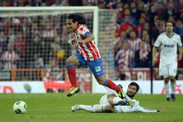 El partido se alargaba y el Atlético mostraba más estabilidad emocional...