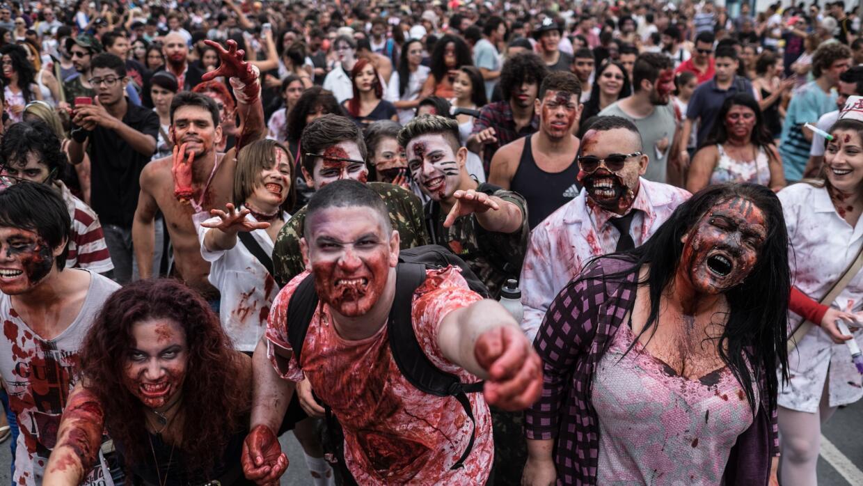 """Empleo disponible para """"muertos vivientes""""."""