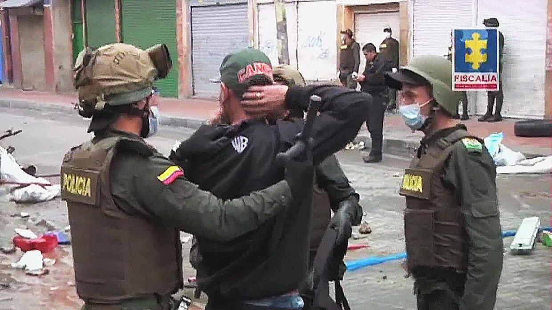 """Policía arremete contra el """"Bronx"""" colombiano"""