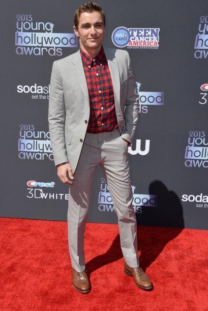 No podemos negar que Dave Franco es muy guapo, pero su gusto por la moda...