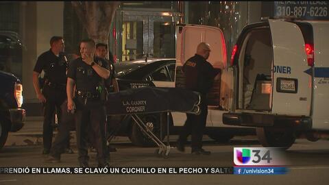 Asesinan a un joven en un edificio residencial en el corazón de Los Ángeles