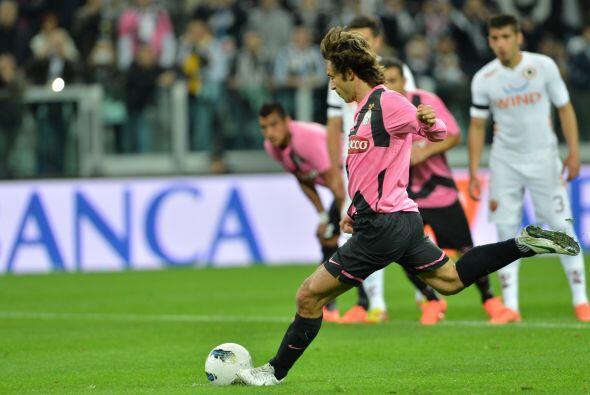Andrea Pirlo cobraba el penalti con la intención de aumentar el resultad...