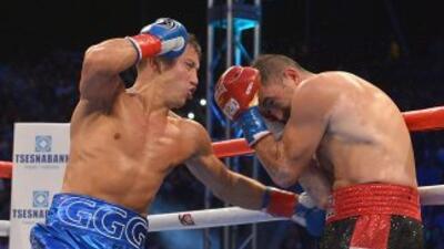 Golovkin noqueó a 'Veneno' Rubio en dos rounds.