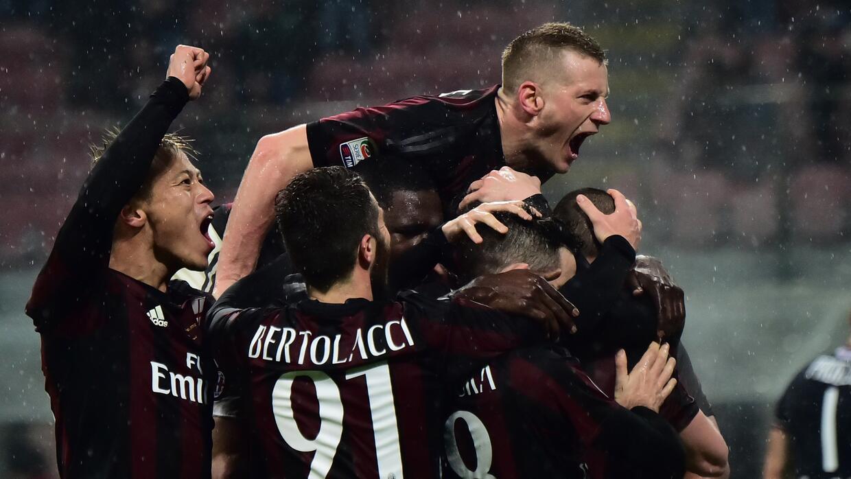 Luca Antonelli anotó el gol de los rossoneri