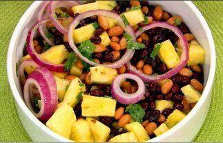 Otra receta rica en leguminosas es la elaborada con frijoles y piña. Ade...