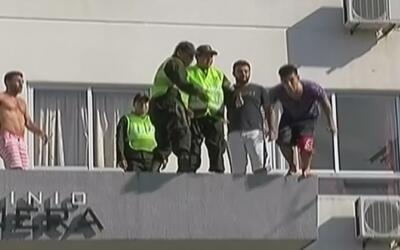 Adolescente en Bolivia se lanza de un edificio para suicidarse y queda vivo
