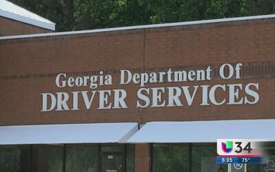 Personas con permisos de trabajo podrán recibir licencias de conducir en GA