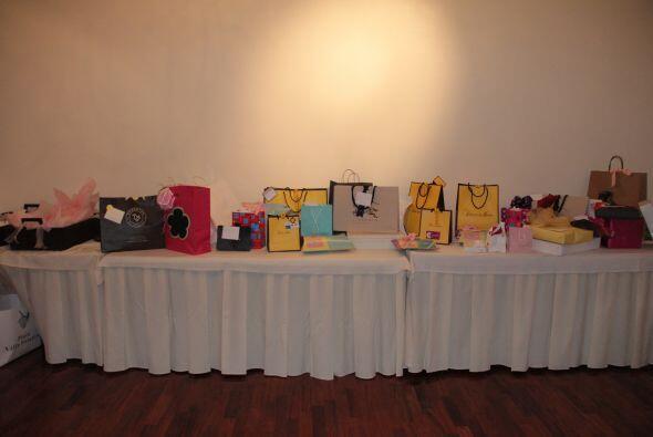 Miren todos los regalos que recibió la pequeña Angélica Masiel.