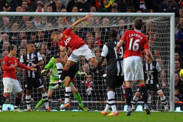 Los de Ferguson intentaron de todas maneras abrir el marcador pero el ar...