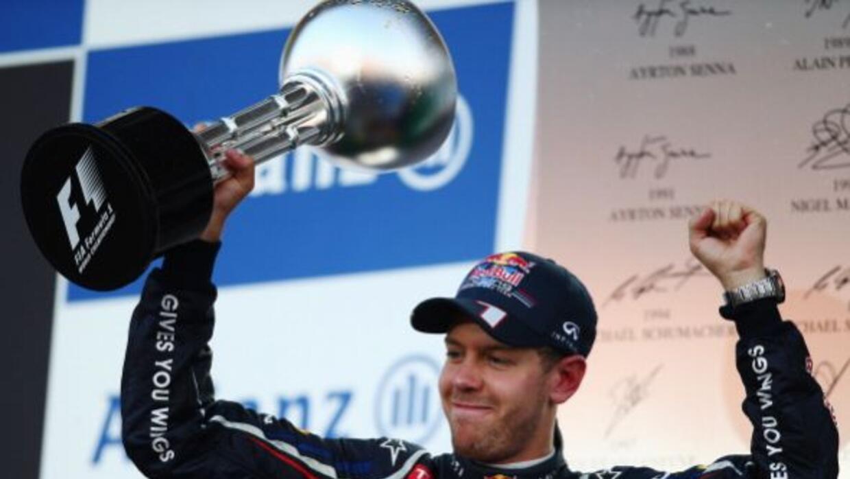El alemán Sebastian Vettel dominó el Gran Premio de Japón 2012 de punta...