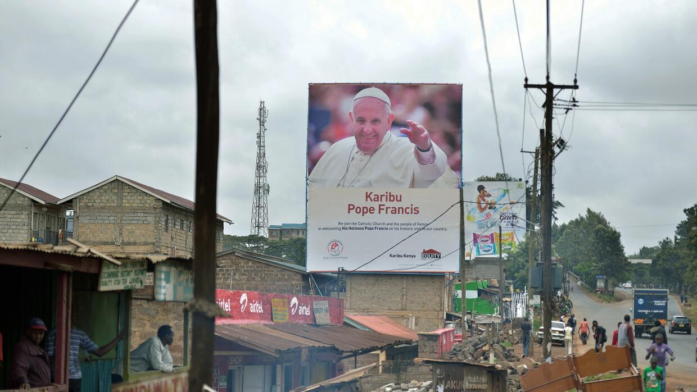 El papa Francisco visita África.