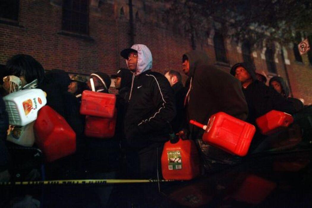 El gobierno de la ciudad informó la víspera que ha abierto 15 albergues...