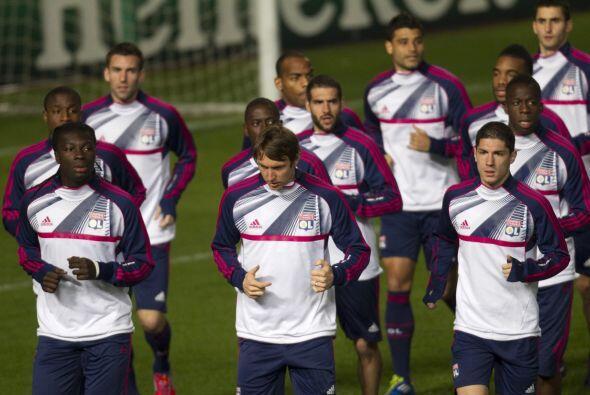 El APOEL recibe al Olympique de Lyon en tierra chipriota.