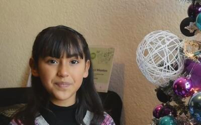 Una niña mexicana de ocho años inventó un cinturón guía para personas in...