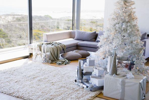 Además usar blanco en la decoración de nuestro hogar le da...