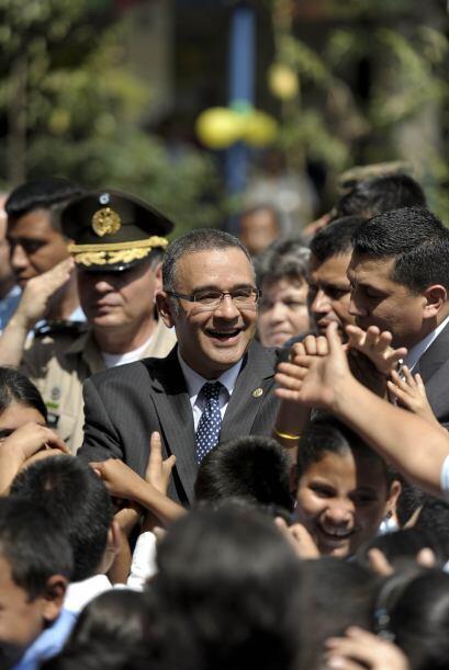 En el cuarto sitio se ubica Mauricio Funes, presidente de El Salvador, q...
