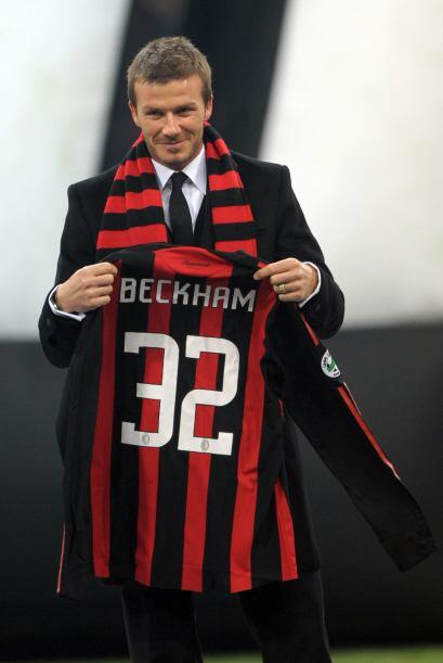 En el 2009 Beckham aprovechó el receso de la MLS para jugar la se...
