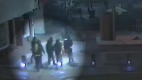 Dos hombres enfrentan cargos por colocar explosivos en un quiosco de pub...