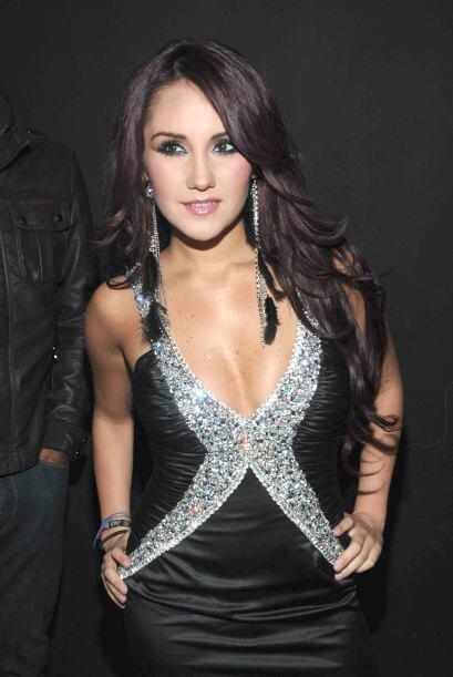 Dulce María continuó con su carrera musical y actoral.